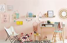 décoration murale chambre fille quelques id 233 es de bureau pour une chambre de fille studieuse