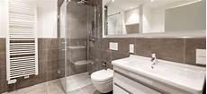 neue dusche einbauen dusche selbst einbauen tipps zur vorbereitung vom einbau