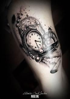 tatouage montre a gousset avant bras clock
