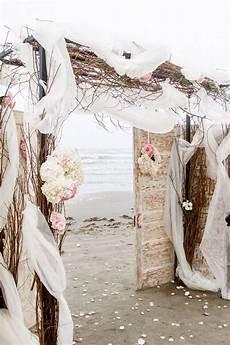 40 diy beach wedding ideas perfect for a destination