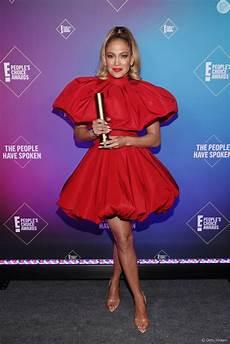 Jennifer Lopez 2021 Jennifer Lopez Usou Um Vestido Curto Balon 234 Do Designer De