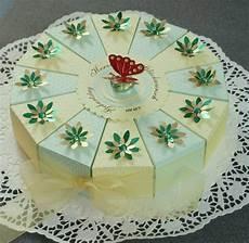 torte aus pappe geschenke verpacken geschenkverpackung