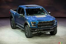Detroit 2015 Ford Amazes Crowd With All New 2017 F 150