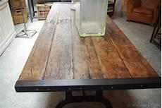 table plateau bois brut table industrielle par le marchand d oublis