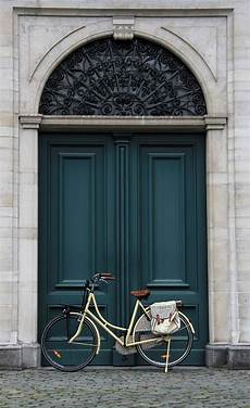 10 colorful front doors that ll make you want to bust out the paint camille styles