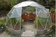 geodätische kuppel gewächshaus geodesic solardome greenhouse glasshouse in stoke