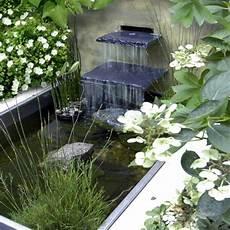cascade d eau pour bassin cascade et fontaine de jardin 69 d 233 co pour les moments