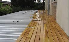 rendre une terrasse étanche terrasse bois etanche nos conseils