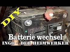auto batterie wechsel bei einen chrysler sebring auto car