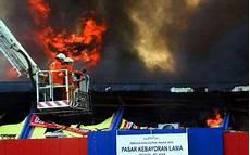 Foto Hantu Seram Penakan Hantu Api