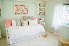 Bedroom Ideas Mint Green Walls by Mint Green Bedroom Walls Mint Walls Blue Bedroom Mint