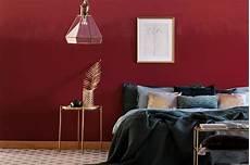 wandfarbe bordeaux rot wandfarben in bordeaux weinrot kolorat