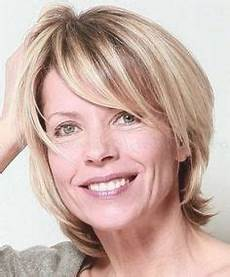 kurzhaarfrisuren frauen ab 50 76 best frisuren ab 50 images pixie hairstyles
