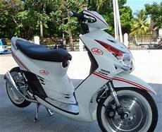 Stiker Motor Mio Gt Keren by Motor Yamaha Mio J 2014 Spesifikasi Dan Modifikasi