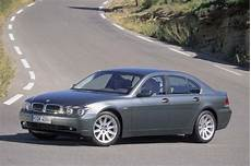 how petrol cars work 2002 bmw 7 series head up display 2002 08 bmw 7 series consumer guide auto