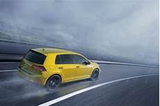 One Does Want A Hint Of Color Vw Golf R Buyers Can Choose