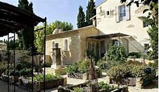 le hameau des baux 35847 le hameau des baux hotel le paradou mediterranean home decor garden villa tuscan style