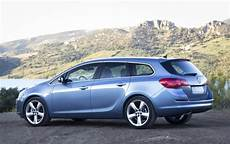 opel astra sports tourer gebraucht opel shows new astra sports tourer the athletic all
