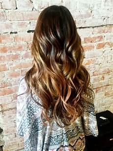 mit ombre dunkle haare effektvoll aufhellen haare