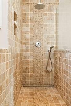 carrelage salle de bain travertin gammes produits carrelage salle de bain terrasse