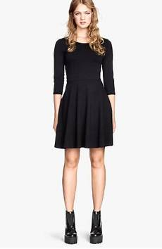 kleid stiefel kombinieren was f 252 r schuhe zu diesem kleeid kleid kombinieren