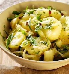 recette salade de pomme de terre alsacienne 20 salades aux pommes de terre merveilleusement bonnes 224 tester absolument cet 233 t 233 food and