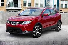 Nissan Suvs For Sale Nissan Suvs Reviews Pricing Edmunds