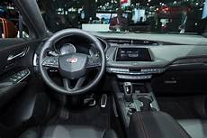 2020 cadillac xt6 to feature identical interior to xt5