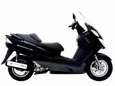 2005 suzuki burgman 125 scooter pictures