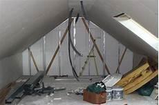 isolation plancher combles aménageables am 233 nagement des combles isolation placo du pignon