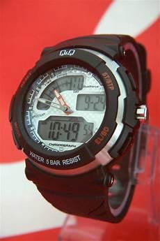 Jam Tangan Merk Q Q Quartz jual jam tangan q q qq qnq m012 m012j digital dualtime
