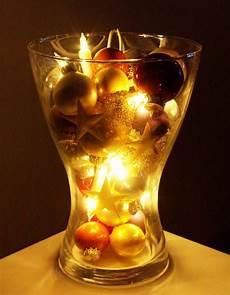 weihnachtliche deko im glas weihnachten weihnachts deko dekoration lichterkette kugel