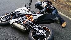 duke 690 r mon premier crash glissade en ktm duke 690 r