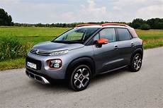 c3 aircross shine c3 aircross shine 130 file citro n c3 aircross puretech 130 shine heckansicht 23 september 2017