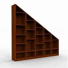 etagere sous escalier etagere de rangement sous escalier ou sous pente sur
