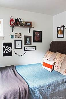 Bedroom Ideas For Small Rooms For Boys by Boy S Small Bedroom An Update The Inspired Room
