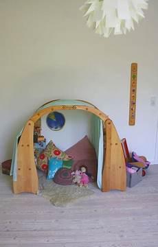 kuschelhöhle kinderzimmer selber bauen fr 228 ulein otten m 252 ssen kinderprodukte teuer sein