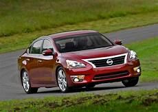 2013 nissan altima sl tire size how the 2014 nissan altima 3 5 sl makes family sedan