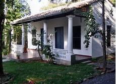 Das Angebot Eines Neu Renoviertem Hauses Kolonialstil Mit