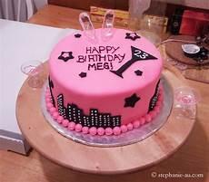Kuchen Mit Fondant - let there be cake with fondant tastes like food