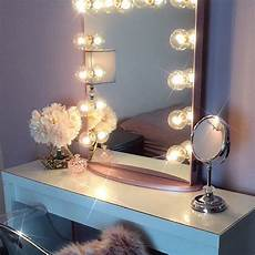 6 lighting options to help you flawlessly apply your makeup instyle com