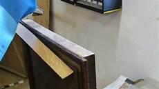 alte möbel restaurieren schellack einfache furnierarbeiten am eicheschreibtisch sch 228 l und