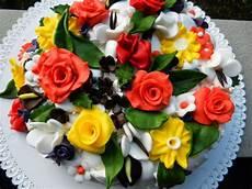 immagini torte con fiori fiori in ottobre la torta di compleanno