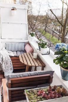 Die Besten 25 Kleine Balkone Ideen Auf