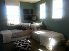 2 Bed Bedroom Ideas by Beds Idea General Decor Beds For Small Rooms