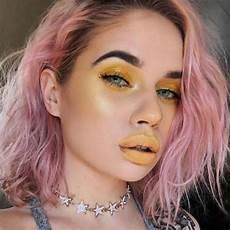Z Makeup Looks