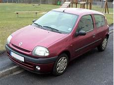 Renault Clio 1 4 1999 Auto Images And Specification