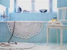 alte bettwäsche entsorgen schlichte sch 246 ne badezimmerteppich aus altem bettlaken