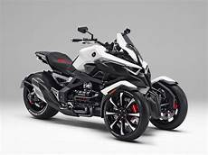 Honda Spyder honda neowing concept marries the piaggio mp3 to the can