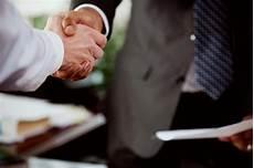 Comment Ne Pas Avoir Les Mains Moites La Poign 233 E De Lors De L Entretien D Embauche